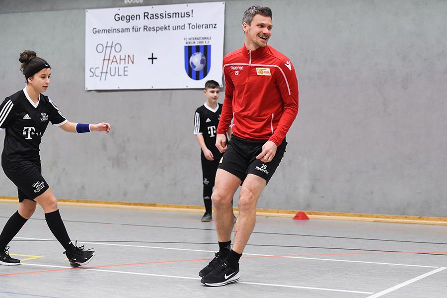Michael Parensen an der Otto-Hahn-Schule in Berlin-Neukölln